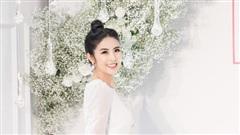 Hoa hậu Ngọc Hân diện váy trắng tinh khôi, lần đầu xuất hiện sau khi tiết lộ về kế hoạch kết hôn và sinh con