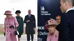 Nữ hoàng Anh lần đầu tiên xuất hiện công khai sau 7 tháng, bất ngờ gây tranh cãi bởi một chi tiết đặc biệt