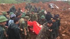 [NÓNG] Vụ sạt lở khiến 22 quân nhân mất tích: Đã tìm thấy 14 thi thể, dãy núi tiếp tục sạt lở lần 2