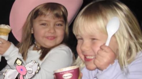 Con gái 6 tuổi qua đời được vài ngày, bố mẹ nức nở khi tìm thấy những gì đứa trẻ để lại khắp mọi ngóc ngách trong nhà