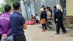 Phát hiện vợ cùng người đàn ông lạ trong phòng trọ, chồng vác dao truy sát khiến 2 người thương vong