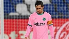 Messi cúi đầu chán nản, Barcelona gục ngã khó tin trước thềm 2 cuộc đấu sinh tử