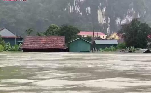 Hơn 100.000 ngôi nhà tại Quảng Bình ngập nặng