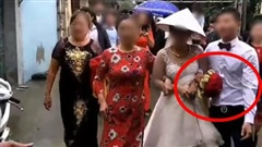 Chú rể 'say liêu xiêu' trong đám cưới, rước dâu đi không vững khiến nhiều người ngao ngán
