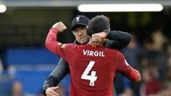 Klopp nhắn nhủ xúc động, Van Dijk quyết sớm trở lại