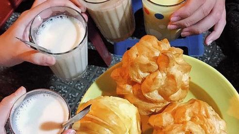 Có hẳn cẩm nang một ngày ăn uống như người Đà Lạt ngay tại Sài Gòn đây, thỉnh thoảng nếu nhớ thì đi ăn cho đỡ thèm