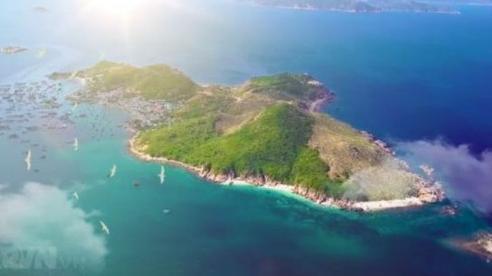 Ngày mới ở xã đảo Cam Bình