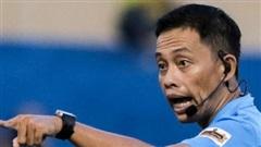 Trọng tài có đẳng cấp cao nhất Việt Nam gặp vạ treo còi vì đồng nghiệp