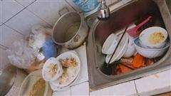 Vợ nhờ rửa hộ mâm bát liền bị chồng hất tung rồi dọa đuổi về mẹ đẻ, nhưng chưa đầy 5 phút sau anh phải 'cun cút' cầm chổi dọn dẹp