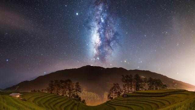 Sửng sốt ngắm dải ngân hà đẹp như trời tây ngay tại Việt Nam