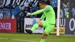Filip Nguyễn tỏa sáng tại Europa League, thầy Park tan mộng sở hữu cùng lúc 2 'người khồng lồ'?