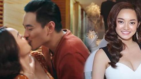 Kiều Minh Tuấn 'hết hồn' vì cảnh nóng, Kaity Nguyễn: Anh ấy lịch sự mới hỏi đạo diễn như vậy