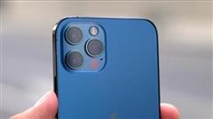 iPhone 12 và iPhone 12 Pro bị đội giá tại Việt Nam trong ngày đầu về nước