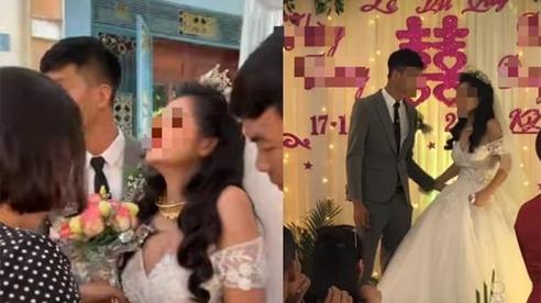 Hy hữu: Cô dâu khóc nấc, vùng vằng, không chịu nắm tay chú rể trong đám cưới