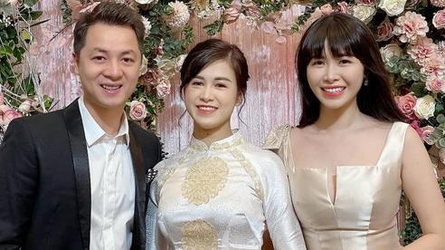 Vợ chồng Đăng Khôi lên đồ đi ăn hỏi em gái ruột, nhan sắc cô dâu chiếm trọn spotlight bên anh chị nổi tiếng