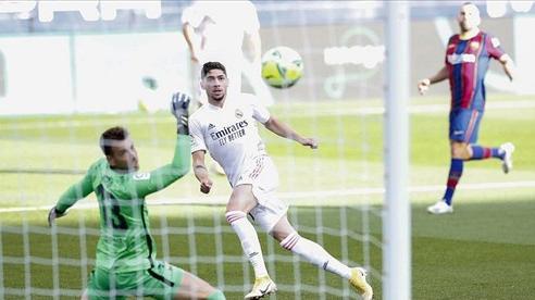 Messi 'tịt ngòi', Barca thất thủ 1-3 trước Real