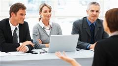 Làm gì nếu nhà tuyển dụng thiếu tập trung khi phỏng vấn bạn?