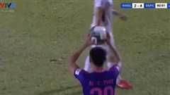 Cựu giảng viên FIFA bức xúc, lên tiếng về pha ném biên vào mặt Hồng Duy của cầu thủ Sài Gòn FC