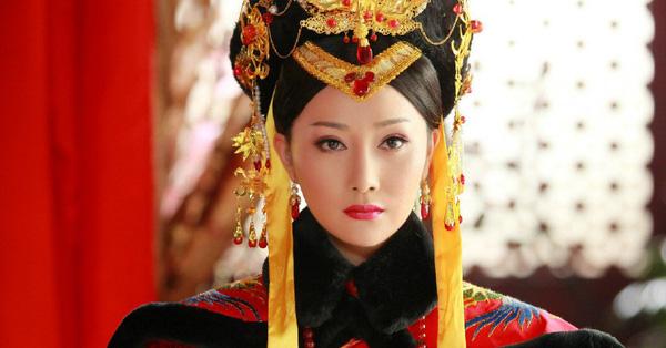 Cuộc đời bi thảm của Hoàng hậu tại vị lâu nhất triều Thanh: Sống cô độc ở tẩm cung gần 20 năm, cả đời chỉ là con rối của kẻ khác
