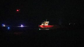 Bảy phút thần tốc giải cứu tàu chở dầu bị cướp của đặc nhiệm hải quân Anh