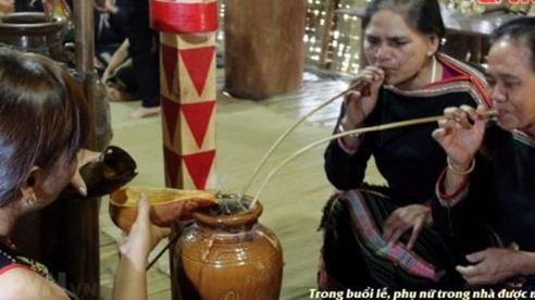 Tái hiện Lễ cúng giống lúa của đồng bào Ê Đê