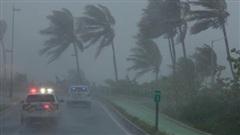 CHÍNH THỨC: Toàn bộ người lao động ở Đà Nẵng nghỉ làm để tránh 'siêu bão' số 9