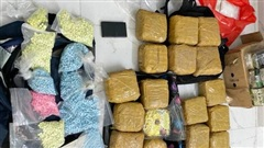 Phá đường dây ma túy khủng ở Sài Gòn, bắt giữ hơn 10 người cùng 100kg ma túy