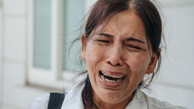 Bà ngoại cháu bé bị mẹ đẻ và cha dượng bạo hành đến chết: 'Tôi đau đớn mỗi ngày, nó giết được con nó, nhưng tôi không làm được điều ấy...'
