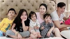 Hằng Túi đăng bức ảnh gia đình đông đủ 7 thành viên, dân mạng khẳng định không ai có thể soán ngôi 'đẻ khéo' của hot mom