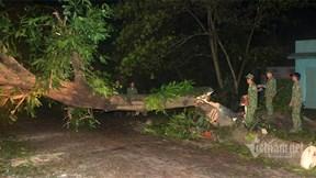 Quân đội xuyên đêm thông đường lên điểm sạt lở nơi 45 người bị vùi lấp