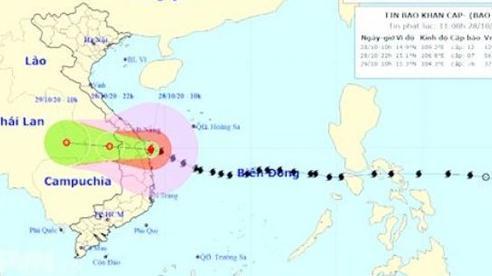 Miền Trung thiệt hại nặng do bão số 9