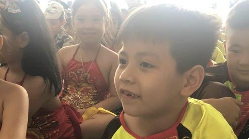 Hỏi giữa Tiếng Việt và Toán, môn nào quan trọng hơn? Con trai có câu trả lời khiến ông bố xin hàng vì quá bá đạo