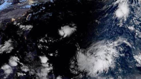 Tại sao bão mạnh hơn và dồn dập hơn vào cuối mùa bão năm 2020?