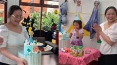Phan Như Thảo tiếp tục bị chê vừa béo vừa già, 'như hai bà cháu' khi ngồi cạnh con gái và đây là lời đáp trả của siêu mẫu một thời