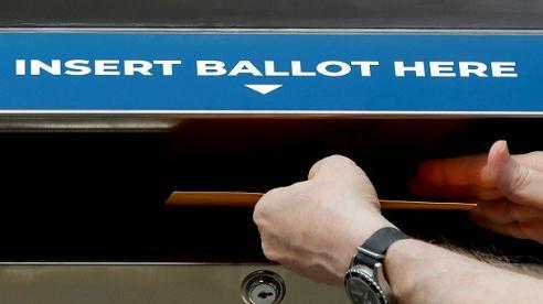 Bầu cử Mỹ 2020: Phát hiện nhiều phiếu bầu qua thư được gửi từ người đã chết