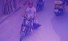 Truy bắt tên cướp kéo lê cô gái trên đường ở Sài Gòn