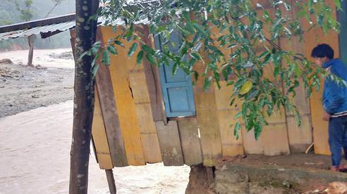 Thêm vụ sạt lở ở Trà Leng, một ngôi làng bị xoá sổ