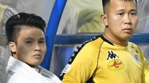 Quang Hải bất ngờ tập tễnh rời sân trong trận đấu cuối cùng của mùa giải và lý do đằng sau