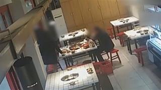 Sau bữa ăn sang chảnh tại nhà hàng, nhóm người trèo cửa sổ bỏ trốn để quỵt tiền