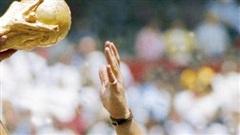 Pele: 'Tôi mong được thi đấu cùng Maradona trên thiên đường'