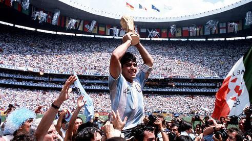 Hé lộ câu nói cuối cùng của Maradona trước khi qua đời