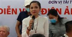 Việt Trinh xúc động bật khóc khi giúp đỡ gần 200 người cao tuổi được phẫu thuật sáng mắt