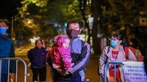Hà Nội: Người dân quanh nơi phát hiện bom ở Cửa Bắc di tản trong đêm
