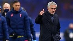 Mourinho khóa chặt 'đại bác nhiều nòng' của Chelsea, đoạt lại ngôi đầu Premier League