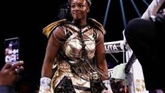 Nữ tay đấm quyền Anh số 1 thế giới chuyển sang thi đấu MMA