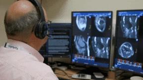 Cách mạng AI giúp gì những bệnh nhân giữa đại dịch Covid-19?