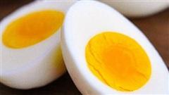 Trứng ăn lòng đỏ hay lòng trắng sẽ tốt hơn: Chuyên gia dinh dưỡng mách cách ăn của 'người khôn'