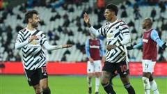 Như một trò đùa: Man United lại ngược dòng, vọt vào top 4 bằng 'hơi thở' Bruno Fernandes