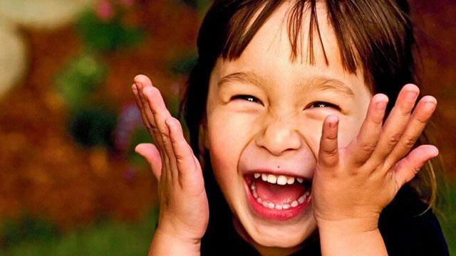 Ca khúc ngày mới: Mỉm cười may mắn tự nhiên đến