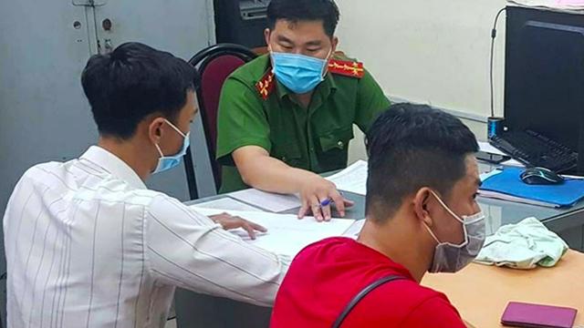 Bản tin cảnh sát: Phát hiện 33 người đàn ông trần như nhộng trong tiệm mát-xa ở TPHCM; Nam thanh niên vác búa đập máy ATM vì 'tội' trừ tiền sai